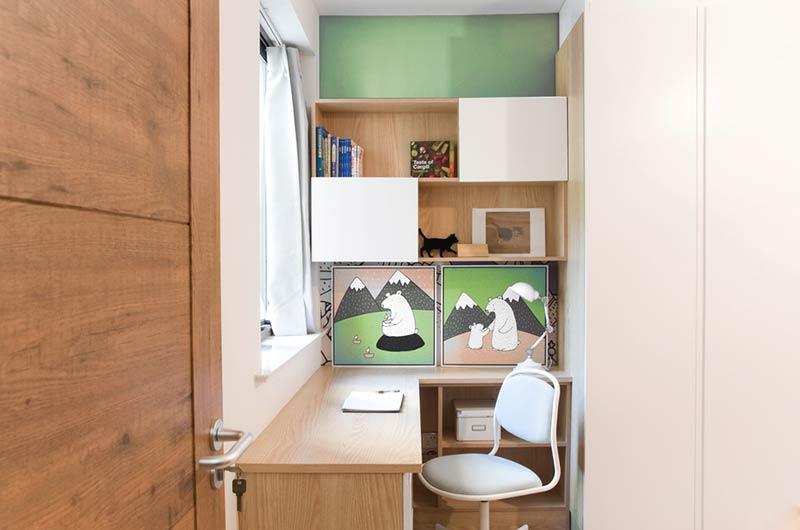 110平日式三居室小书桌图片
