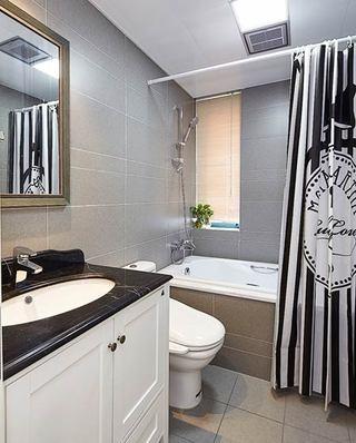 160平美式风格四居卫生间装修