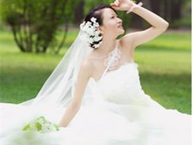 肩宽女生适合的婚纱图_女生婚纱头像