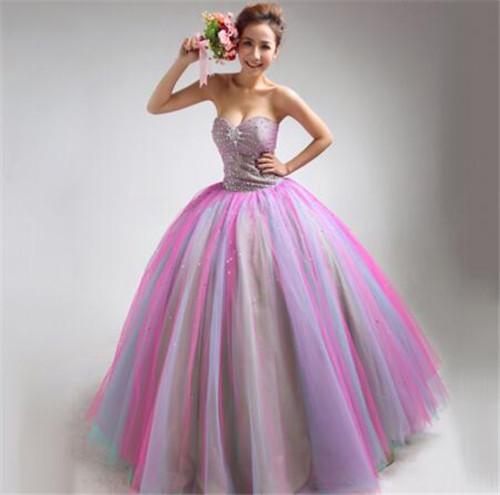 婚纱颜色_浅空天胧颜色的婚纱