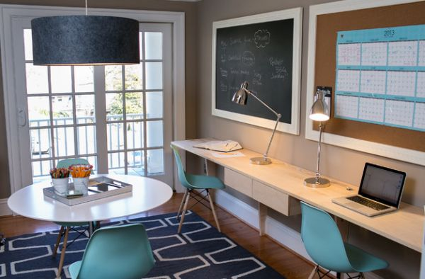 Eames-molded-plastic-cairs-in-blue-add-cool-accent-color-to-the-home-office