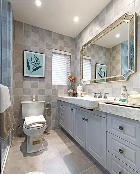 80平美式风格二居卫生间瓷砖图片