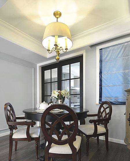 120平美式风格三居餐厅吊灯效果图
