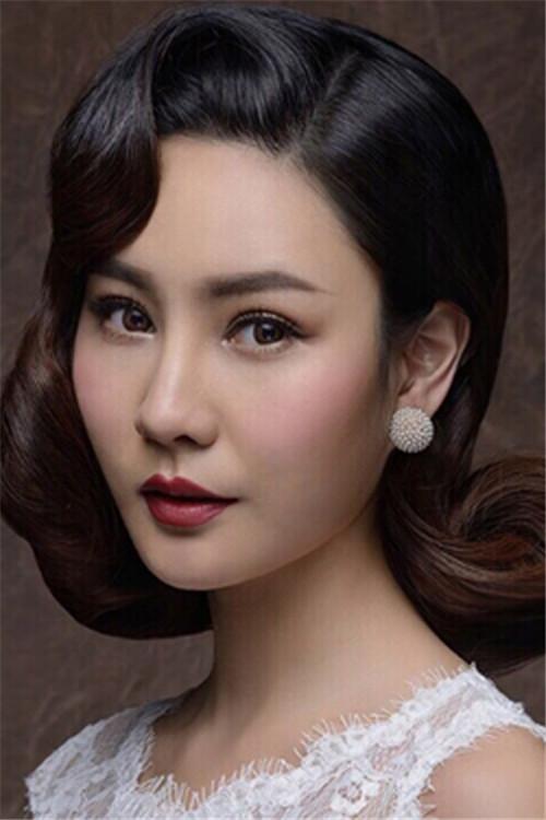 斜刘海新娘发型图片 217斜刘海编辫子发型图解