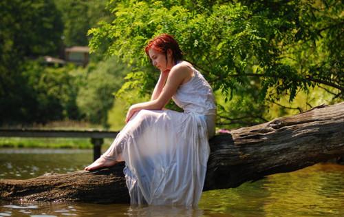 离婚女人的心理有哪些变化  离婚后的女人如何面对生活