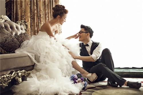 照婚纱哪家好_那里的婚纱摄影好