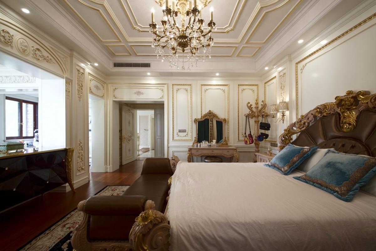法式豪华别墅卧室装修效果图