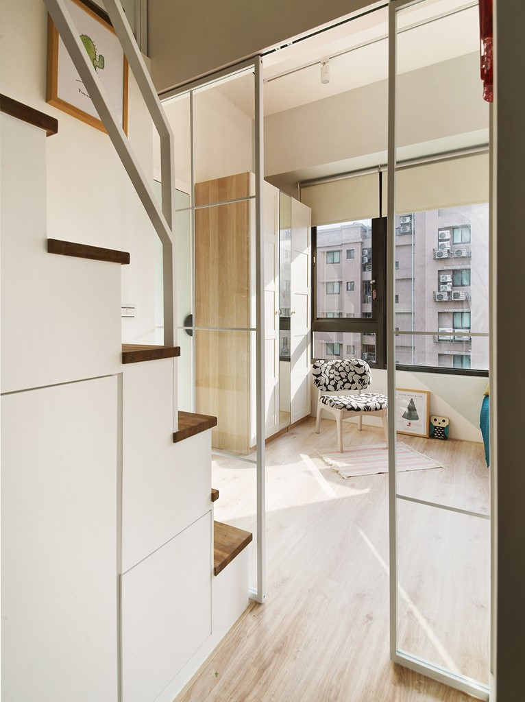 小户型公寓装修玻璃移门设计图