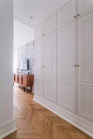 140平北欧风格过道衣柜装修效果图
