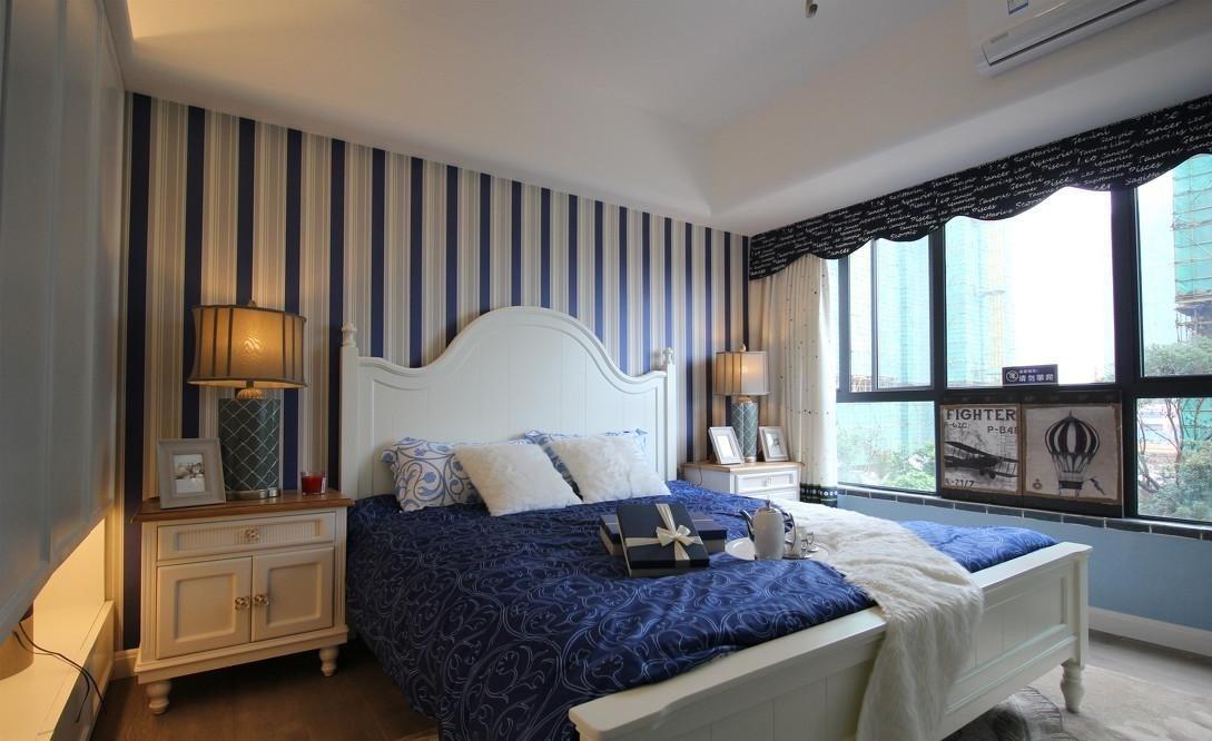 地中海风格三居卧室装修效果图