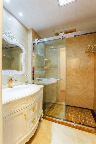 三居室欧式风格卫生间装修效果图