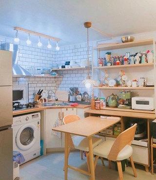 收纳厨房装修实景图
