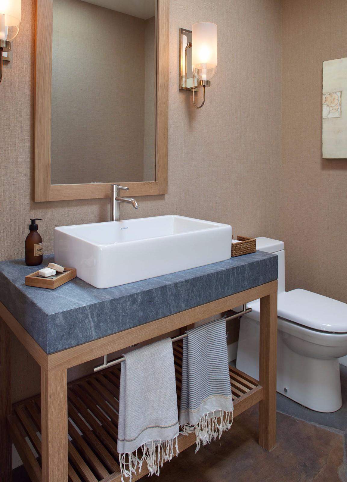 美式乡村风格别墅卫生间装修效果图