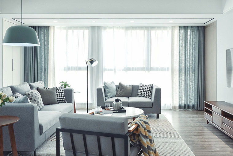 135㎡现代简约台式两居室窗帘图片