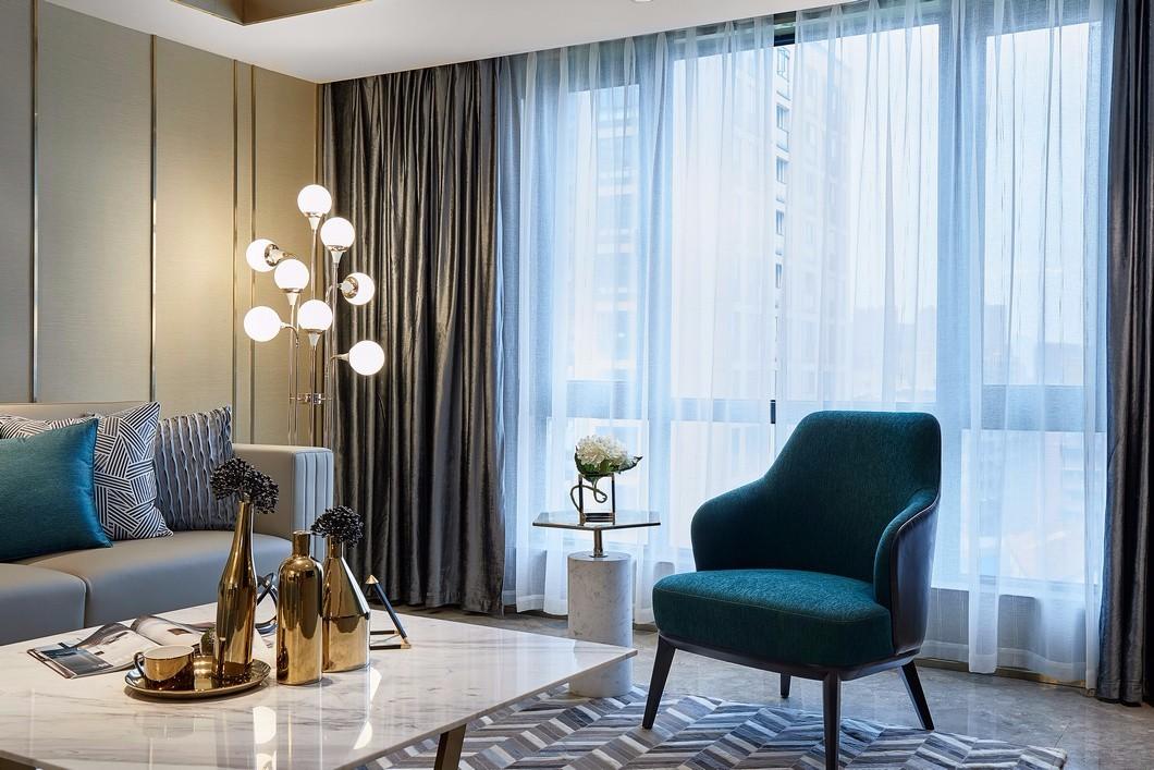 轻奢现代三居室装修窗帘设计图