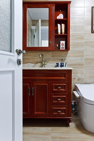 105㎡美式风格浴室柜装修效果图