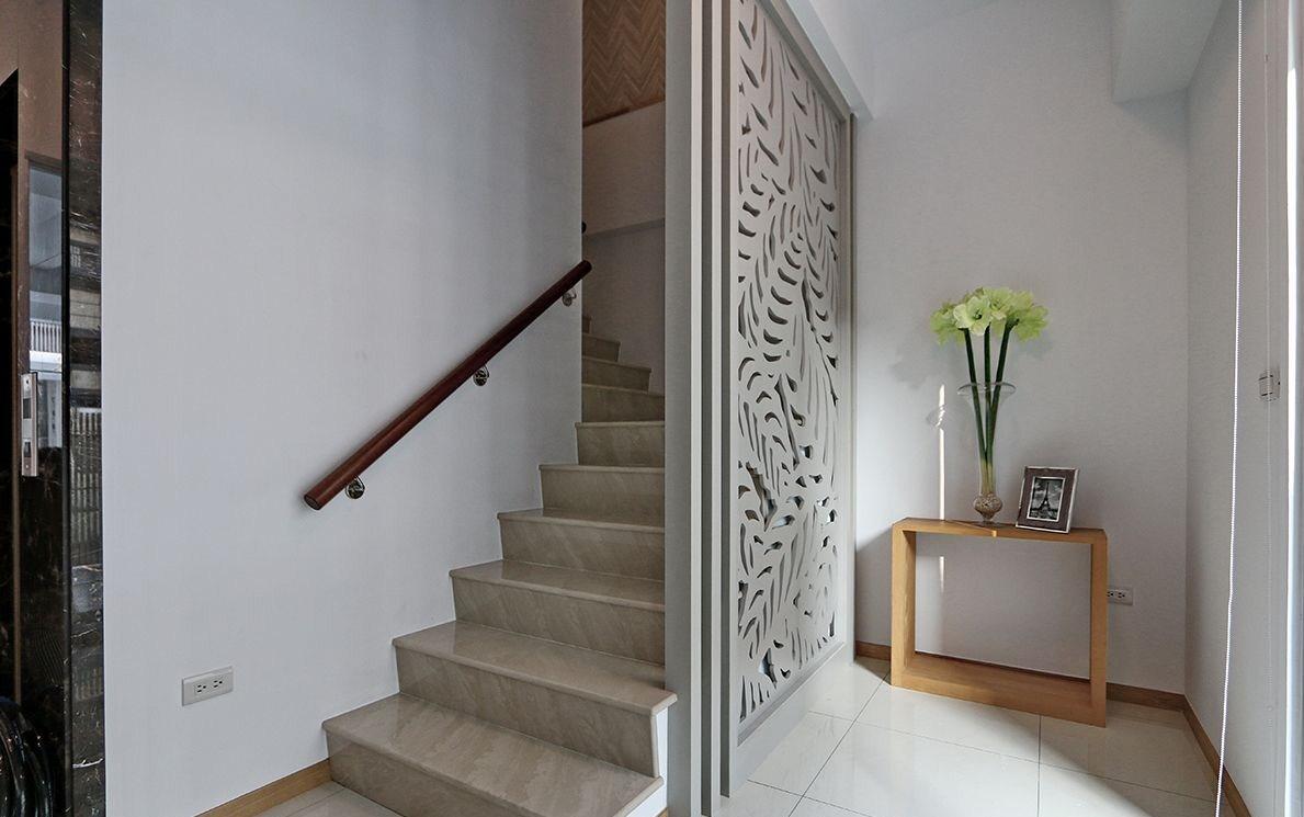 复式混搭风格楼梯装修效果图