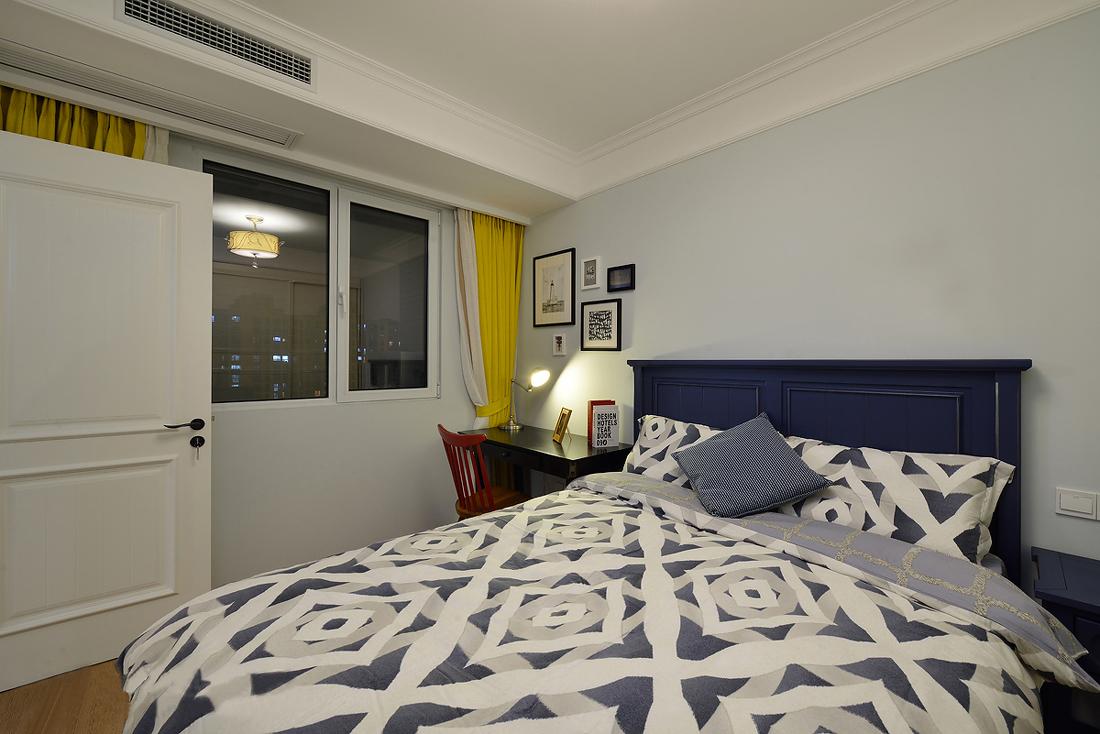 美式风格两居卧室装修效果图