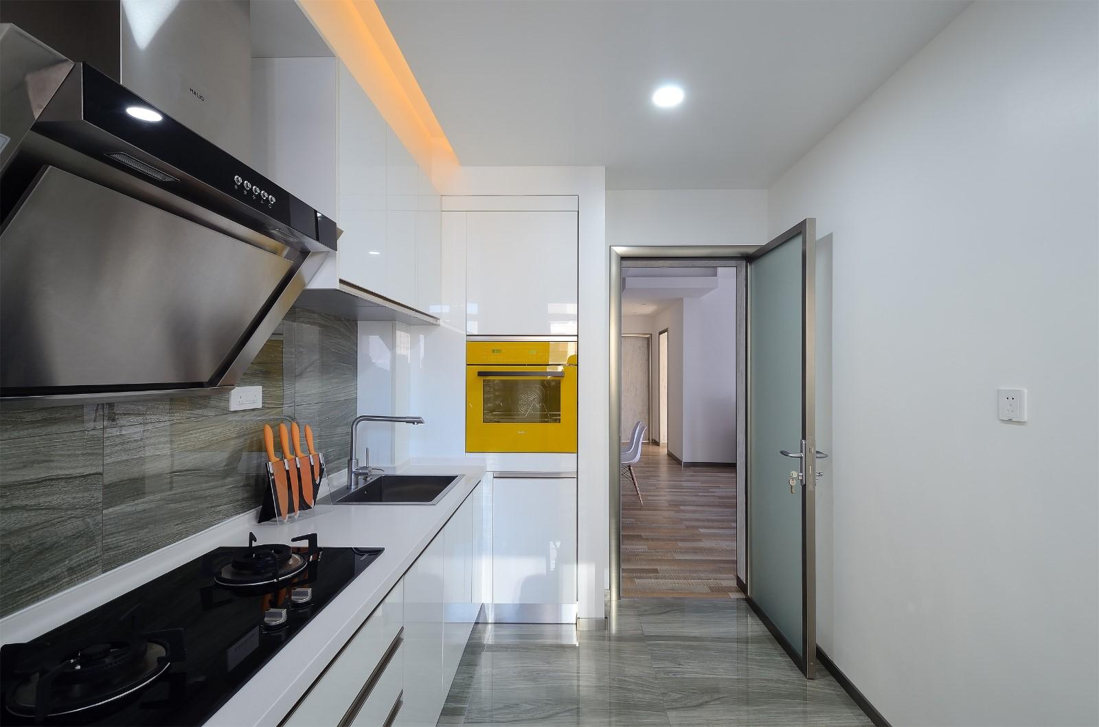 简约风格三居室厨房装修效果图