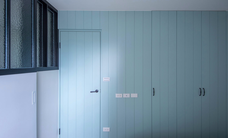 简约北欧两居室隐形门装修效果图