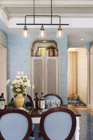 地中海风格三居室餐厅装修设计图