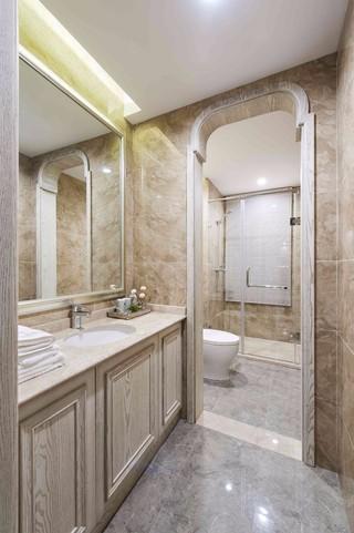 地中海风格三居室卫生间装修设计图