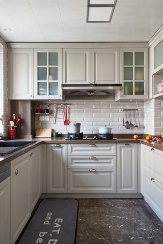 美式风格两居室厨房装修设计图