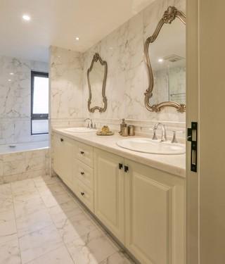 法式风格三居卫生间装修效果图