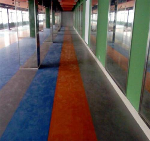 塑胶地板好不好 塑胶地板有毒吗