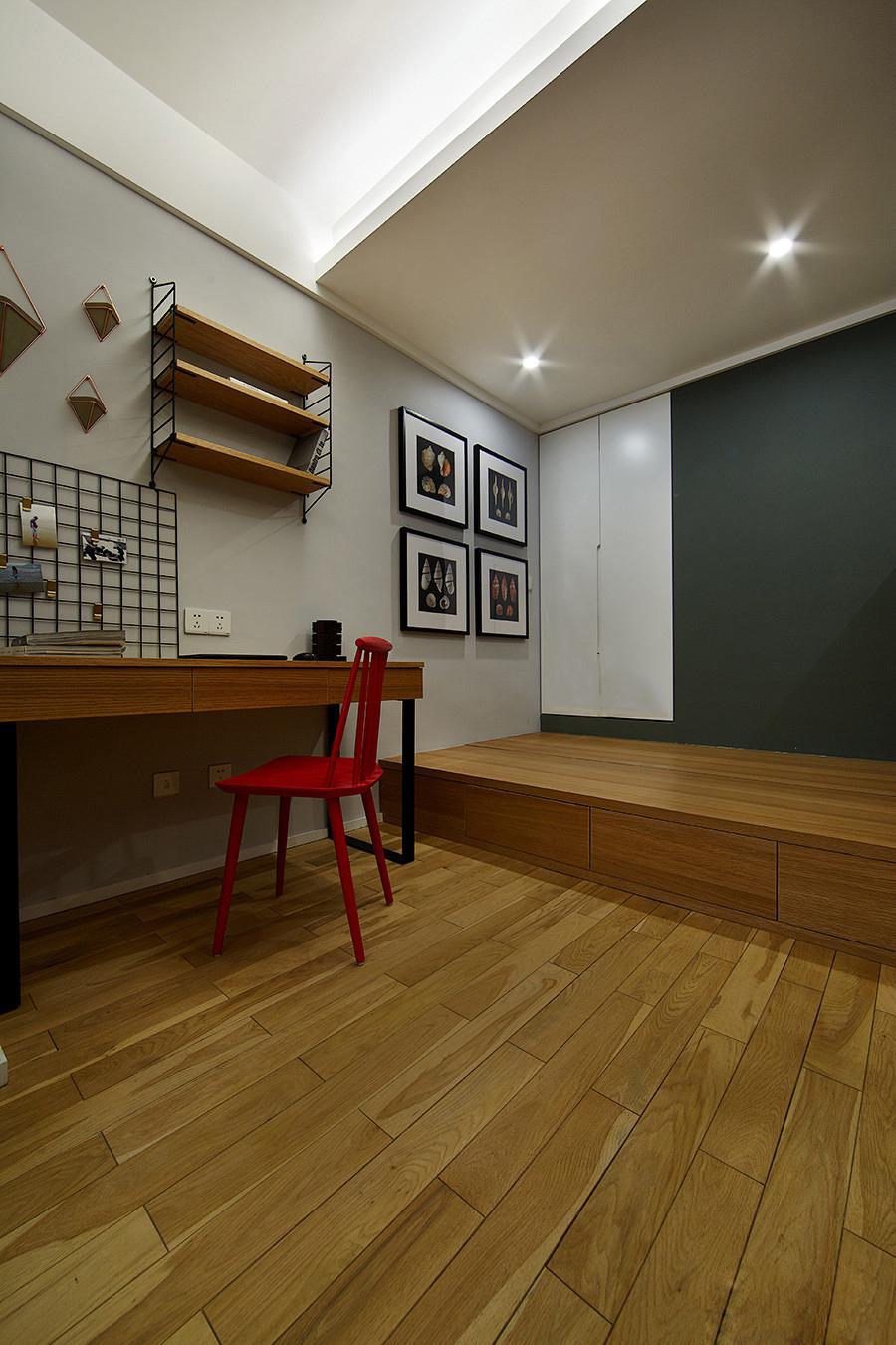 现代简约二居室榻榻米设计