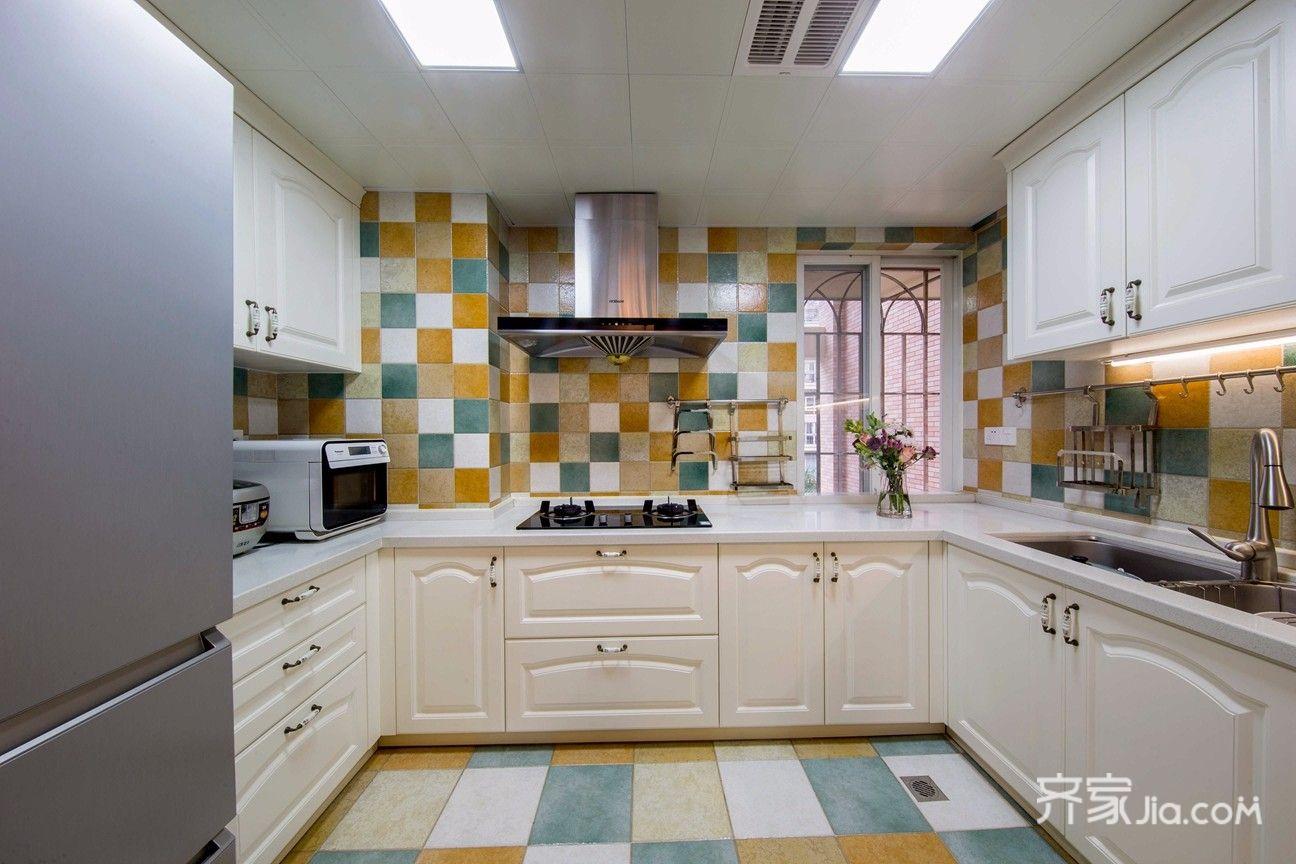 大户型复式美式厨房装修效果图