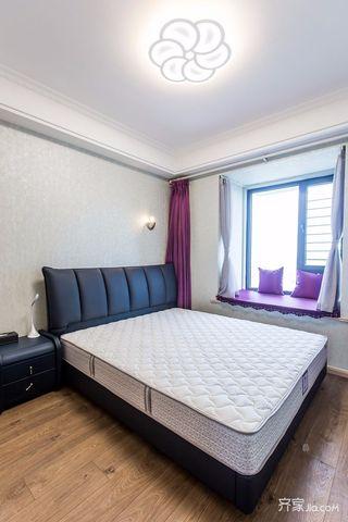 120平现代简约二居装修窗帘设计图