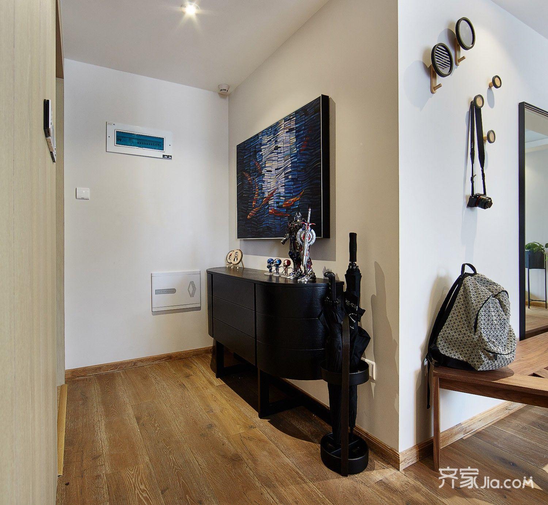 现代简约风格四居室装修玄关柜设计图