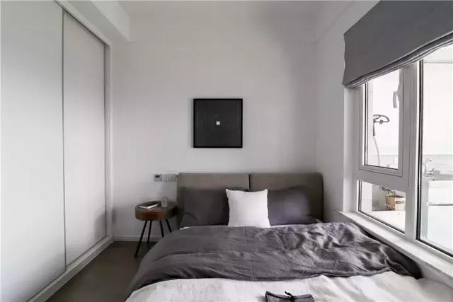 终于搬进79�O现代北欧新房,忍不住和大家晒晒,背景墙好fashion
