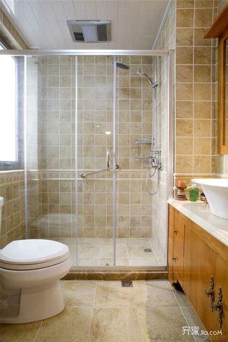 72平米美式风格二居卫生间装修效果图