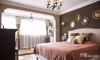 105平美式三居室装修卧室设计图