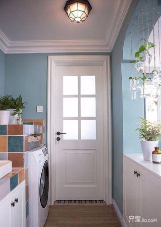 105平美式三居室装修卫生间布置图