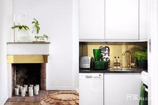 小户型简约风格装修厨房一角