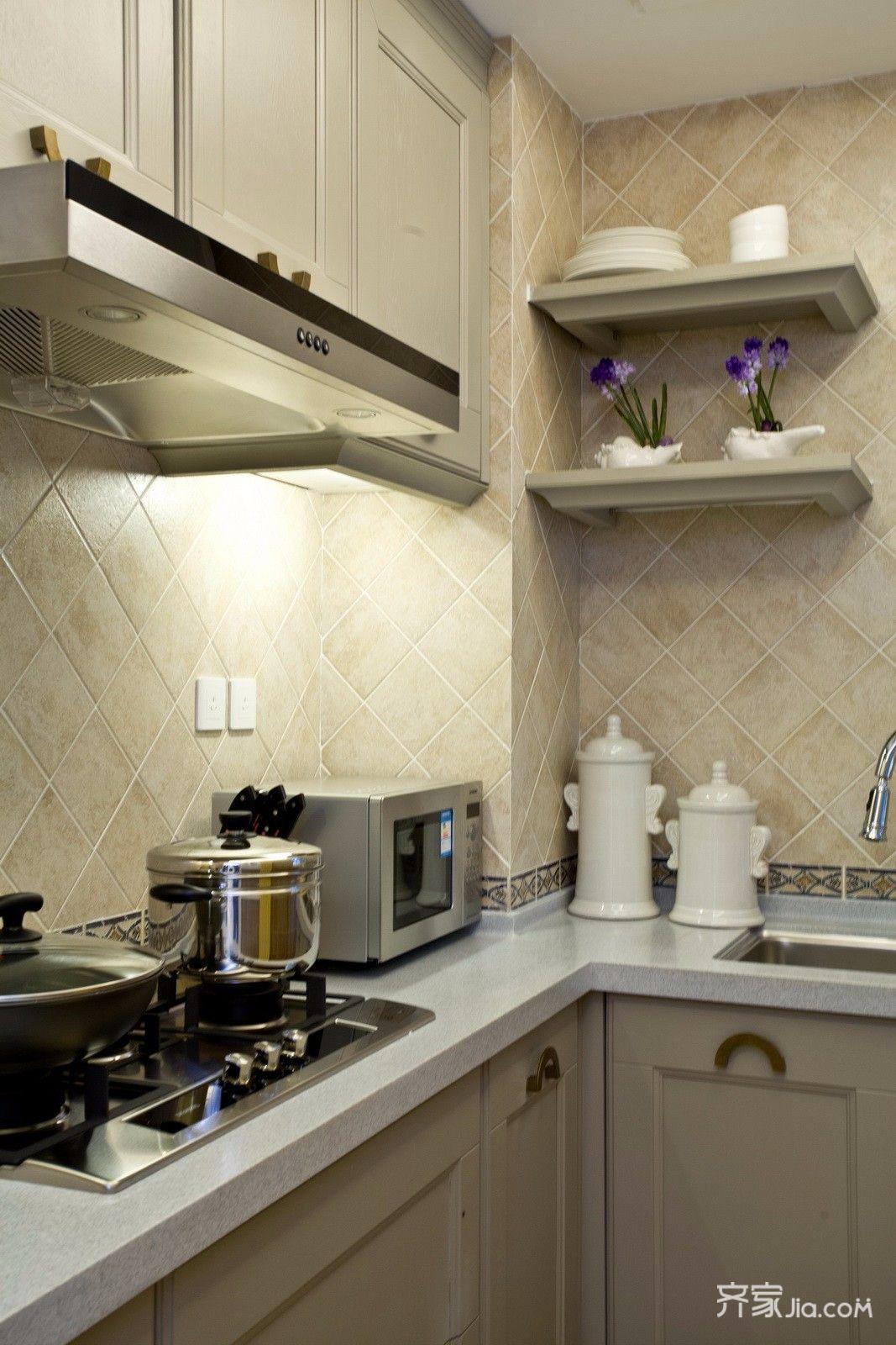 地中海风格三居装修厨房设计图