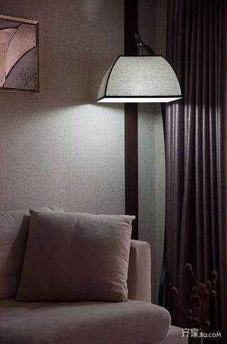 新中式风格三居装修沙发一角