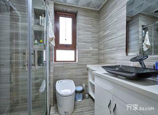 现代混搭三居室卫生间装修效果图