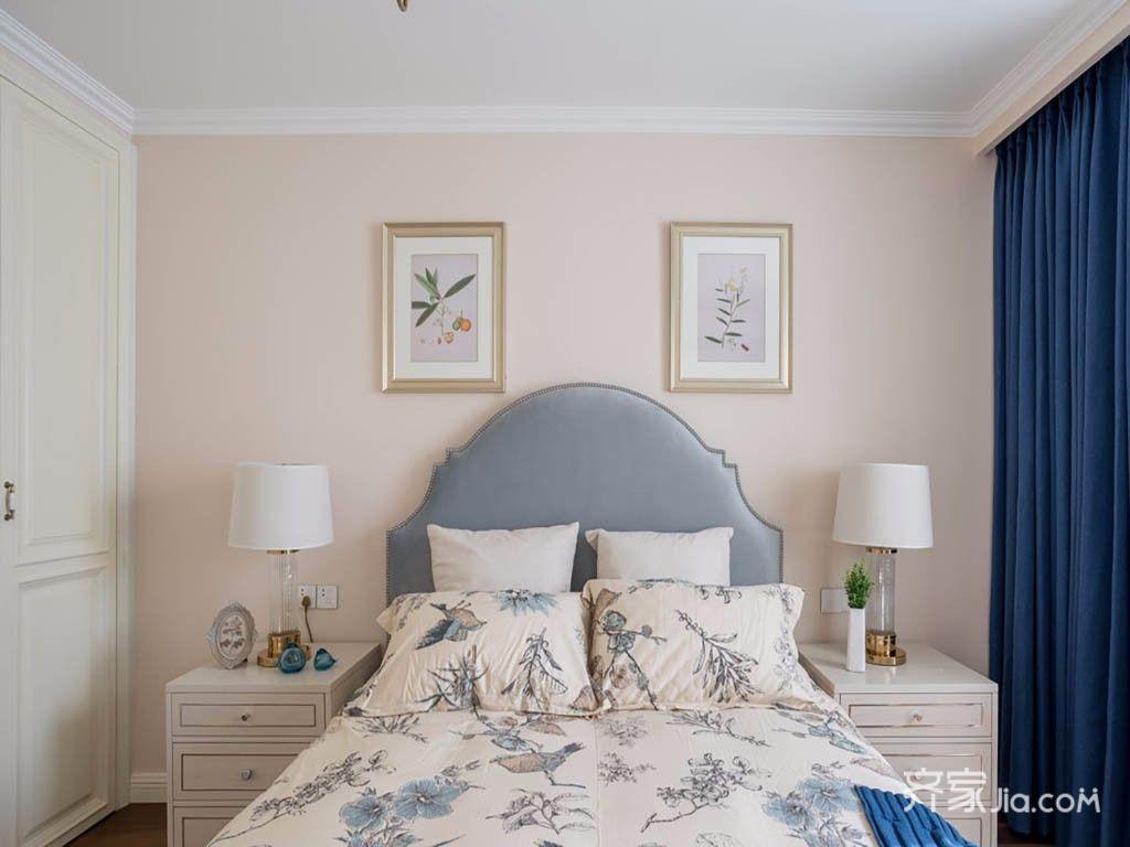 120平美式三居装修卧室背景墙图片