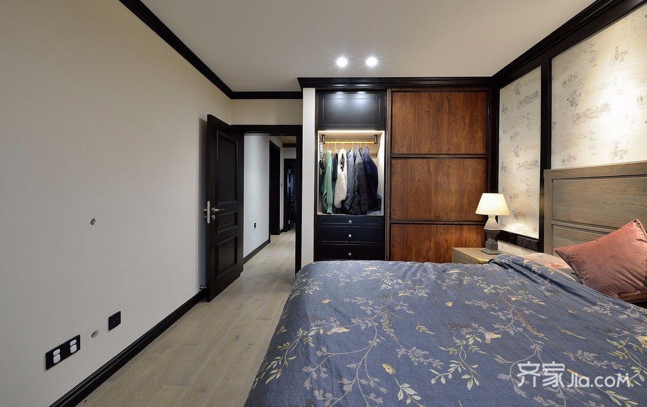 三居室混搭风格装修衣柜设计效果图