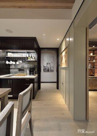 三居室混搭风格装修过道图片