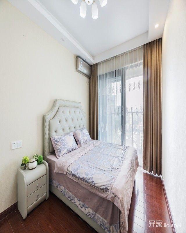82平米现代风格装修卧室布置图