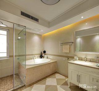 中美混搭风格别墅卫生间装修效果图