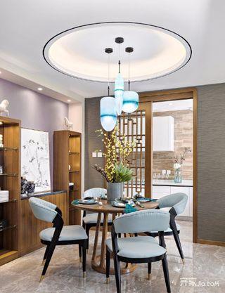 中式三居室装修餐厅设计图