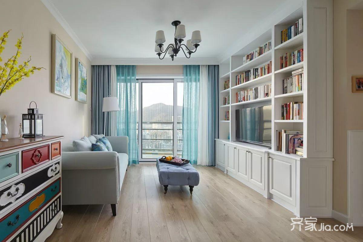 三居室美式风装修客厅效果图