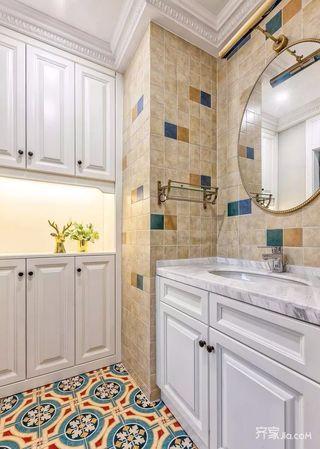 美式三居室设计卫生间装潢图