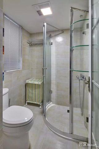 三居室混搭风格装修卫生间实景图